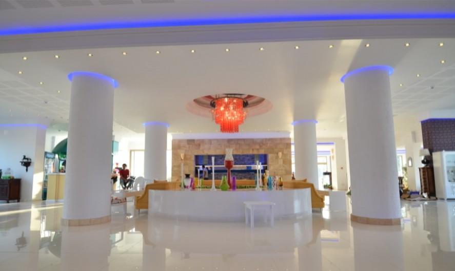 Hotel phoenicia luxury navodari oferte litoral romania for Hotel phoenicia luxury 4 mamaia
